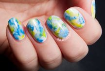Sharpie Nail Art Designs / Excited to try some Sharpie nail art on yourself? Check out these designs!