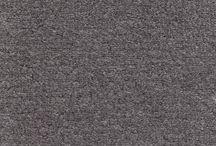 Teppichböden / Der Teppichboden überzeugt nicht nur mit seinen Optiken, er verbessert die Raumakustik erheblich. Zusätzlich zählt er zu den gesündesten Bodenbelägen, da er die Feinstaubbelastung im Raum reduziert. Daher ist Teppichboden für Asthmatiker und Allergiker bestens geeignet. Dank der Verfügbarkeit aller Nutzungsklassen ist er für alle Bereiche einsetzbar und weist eine hohe Strapazierfähigkeit auf. Produkte und weitere Informationen rund um das Thema Teppich findet ihr auf https://www.room-up.de/.