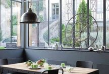Verrières et ferronneries / Les #ferronneries d'antan (originales ou rééditées) mettent en valeur les #intérieurs, particulièrement dans les #cuisines, où la #verrière est la tendance du moment !
