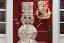 Outdoor Christmas Decorations / O what fun it is to spread holiday cheer with outdoor Christmas decorations that beckon everyone to your home with an enthusiastic welcome this season.