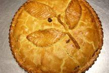 Easy bramley apple pie recipe / Chefs secret recipe Easy to make but tastes so good apple pie recipe. Serve hot or cold