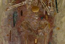 Archéologie en contexte funéraire et mortuaire à la protohistoire Egéene et Européenne