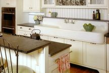 Kitchens / by Docia Fuller