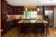 Kitchens / by Lori Reed