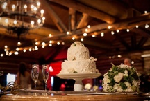 Cakes / by The Perfect Pear Bridal Boutique