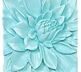 Aquamarine Blue / Aquamarine blue, the use of this color in design.