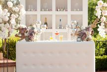 BAR LOVE / Indoor and outdoor, simple or detailed, here are a few of the amazing bars you'll want to recreate for an event of your own!