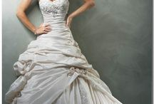 Wedding Ideas / by Paige Marie Hoskins