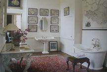 Sandwich St - Guest Bathroom #2