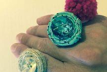 Creare anelli fai da te riciclando linguette del tetrapak. / Creare anelli fai da te riciclando linguette del tetrapak. Idea creativa per regalarsi un piccolo bijoux a costo zero.  #mycandycountry #ideacreativa #anelli #faidate #riciclo #tetrapak #diycrafts    Seguimi su: www.mycandycountry.it