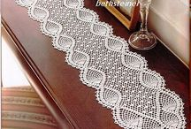 Crocheted edging ,doilies,tablecloths,diagram patterns