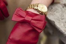 Gloves, guanti