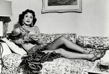 ★ Hedy Lamarr