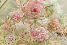 FLOWERY! / by Audrey Wallace-Wells