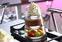 Café / Le specialità di caffetteria, i profumi esotici dei nostri tea e infusi, la dolce coccola che ispira il menù delle cioccolate in tazza e poi...tanto altro dal nostro laboratorio ricerca!