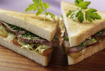 Belegte Toasts und Sandwiches | Open Toasts and Sandwiches / Mal klassisch, mal herzhaft, mal süß, geräuchert, gebraten, für Vegetarier oder Fleischfans. Egal, ob zum Frühstück, Lunch, Picknick oder als Mitternachtssnack – Freu dich drauf mit GOLDEN TOAST.