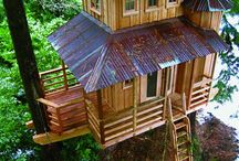 Tree houses / I really want to make one of these many tree houses