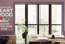 """Το χρώμα της χρονιάς 2018     Heart Wood από την Dulux / Το χρώμα της χρονιάς για το 2018 είναι το Heart Wood, ένα ζεστό ροζ-γκρι ιδανικό για όλα τα δωμάτια του σπιτιού αλλά και για επαγγελματικούς χώρους. Από την μια συνδυάζεται ισορροπημένα με τα περισσότερα χρώματα , ενώ από την άλλη """"παίζει"""" μαζί τους επιτυγχάνοντας αρμονικές αντιθέσεις."""