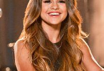 Does anybody / Does anybody like Selena?