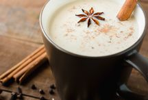 Best hot drinks for cold days / The season of refreshing cocktails and mocktails is behind us now. Fortunately there's lots to look forward to: those cold, dark days are the perfect occasion to light those candles and cocoon on the couch. Grab a hot drink and the picture is perfect!
