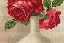 Vyšívané růže