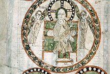 Gundohinus , Evangéliaire de (754-755) Artiste Enluminure sur parchemin / Artiste: GUNDOHINUS. Date de l'Evangéliaire de Gundohinus: 745-755 (3° année du règne de Pépin le Bref). Lieu de fabrication: monastère de VOSEVIO (non déterminé, est de la France - Bourgogne ?). Commanditaire: FAUSTUS (dame de la cour de Pépin) et FUCULPHUS (moine du monastère Ste Marie et St Jean). Technique: enluminure sur parchemin. Dimensions (H+L) 32 + 24,5 cm. 189 folios reliés. N° d'inventaire: Ms 3, Bibliothèque municipale d'AUTUN.