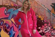 2·loom: Tulum (Jumpsuit) - Kadın / 2·loom (tulum) dünyada jumpsuit veya onesies olarak bilinen kıyafetin Türkiye' deki tek orginal markasıdır.