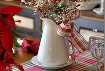 Arranjos Florais de Natal / O Primavera Garden selecionou ideias de arranjos florais com motivos natalinos para inspirar você na decoração da casa. Encomende o seu arranjo em uma de nossas lojas!