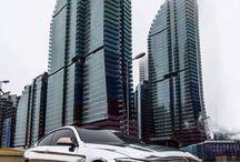 Αυτοκίνητο σύγχρονο-αυτοκίνητο αντίκα