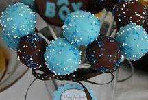 Cake pops / by Sondra English Koleff