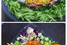 Salatalar ve güzel yemek, kekler