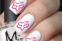 Nail art / Finger & toe nail art