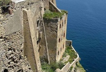 places to go while living in napoli