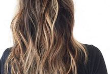 hair / by Alison Emmert