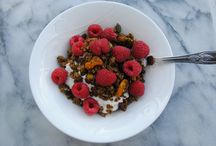 Breakfasts to leap out of bed for! / Healthy starts to the day: gluten free granolas and cleansing juices