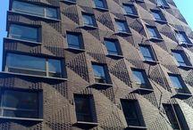 кирпичный фасад