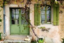 domy a zahrady