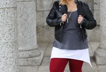 Burgundy & Brick {LookBook} / Street style featuring these amazing burgundy leggings from Forever 21.