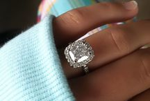 Engagement/Wedding Rings / by Kelsey Stough
