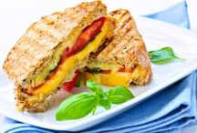 Foodie: Sandwiches and Wraps / by Jessica Roshak