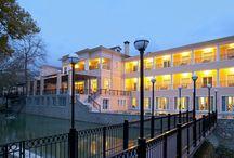 Thermae Platystomou / Tο ξενοδοχείο Ασκληπιός και το υδροθεραπευτήριο,spa Ξένια περιμένουν να σας φιλοξενήσουν στο χώρο τους και να απολαύσετε όλες τις υπηρεσίες μας! Διαβάστε εδώ περισσότερα: http://goo.gl/h3hdEF