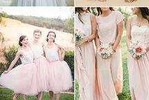 Agika eskuvo bridesmaid dresses