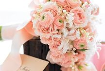 Bouquets and things / walk down the isle in style