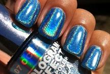 Layla Hologram Effect