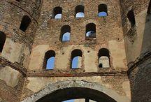 Viaggi in Piemonte / Spunti di viaggio per conoscere le realtà storico-artistiche del Piemonte, le più conosciute o quelle più curiose.
