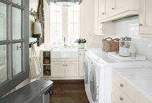 Laundry room / Roperos, tocadores, closets y lavanderia.