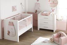 Chambre de bébé / D'adorables collections pour décorer la chambre de Bébé.