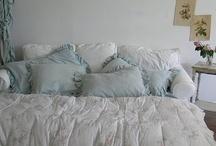 Bedroom chic