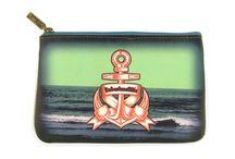 Pouch : East & West Collection / Faux leather pouches. Wholesale www.mlavi.com Retail www.mlavi.ca
