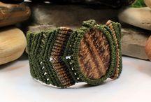 macrame bracelet with stone
